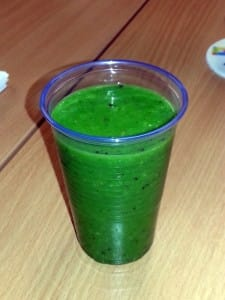 green-smoothie-lychee-kiwi-spinach-avocado-and-grape